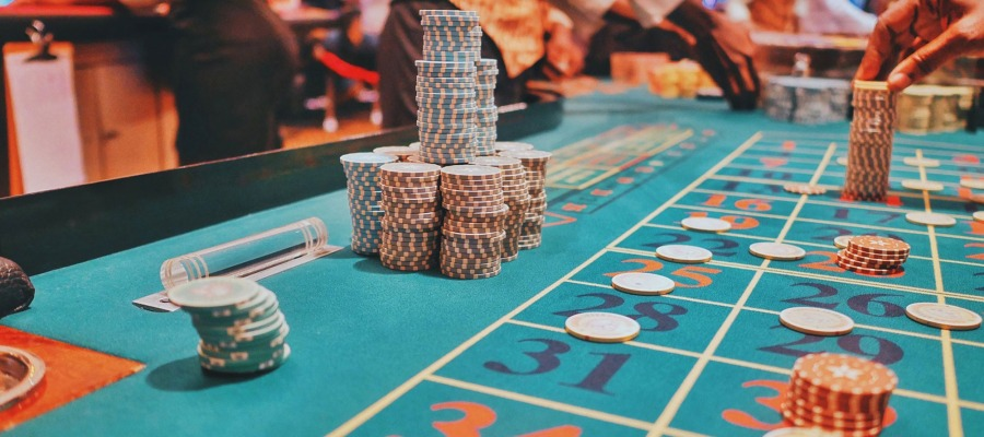 Large Increasing in Online Gambling: Would the End of This Year Be as the Previous?