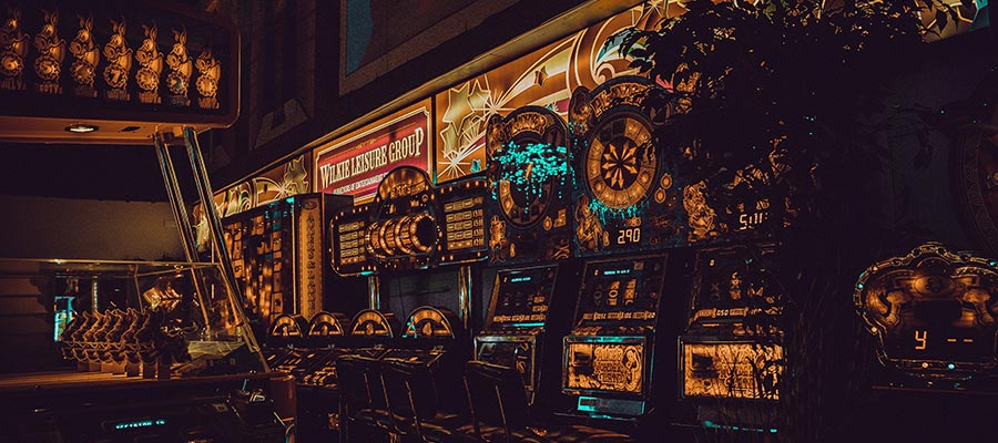 Common Gambling and Casino Myths